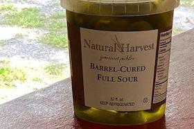 32 oz fresh pickles crispy and delicious